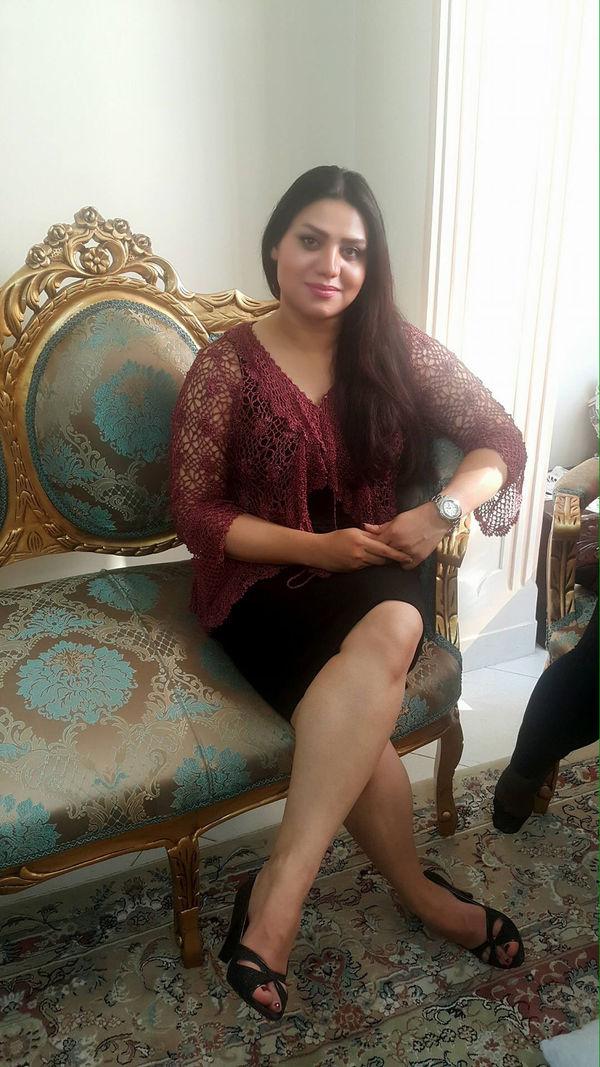 Women sexy irani-7158
